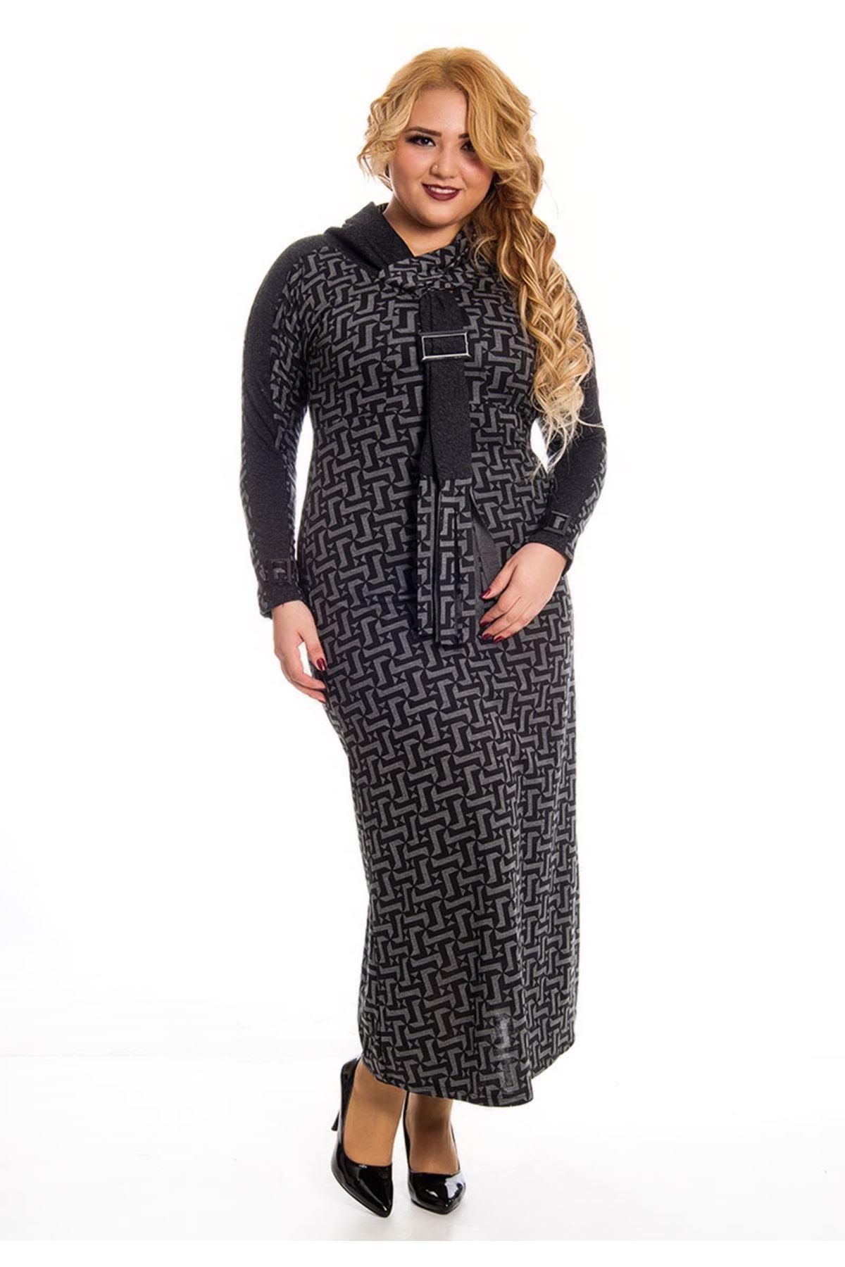 Büyük Beden Desenli Yaka Detaylı Uzun Elbise F7-122882