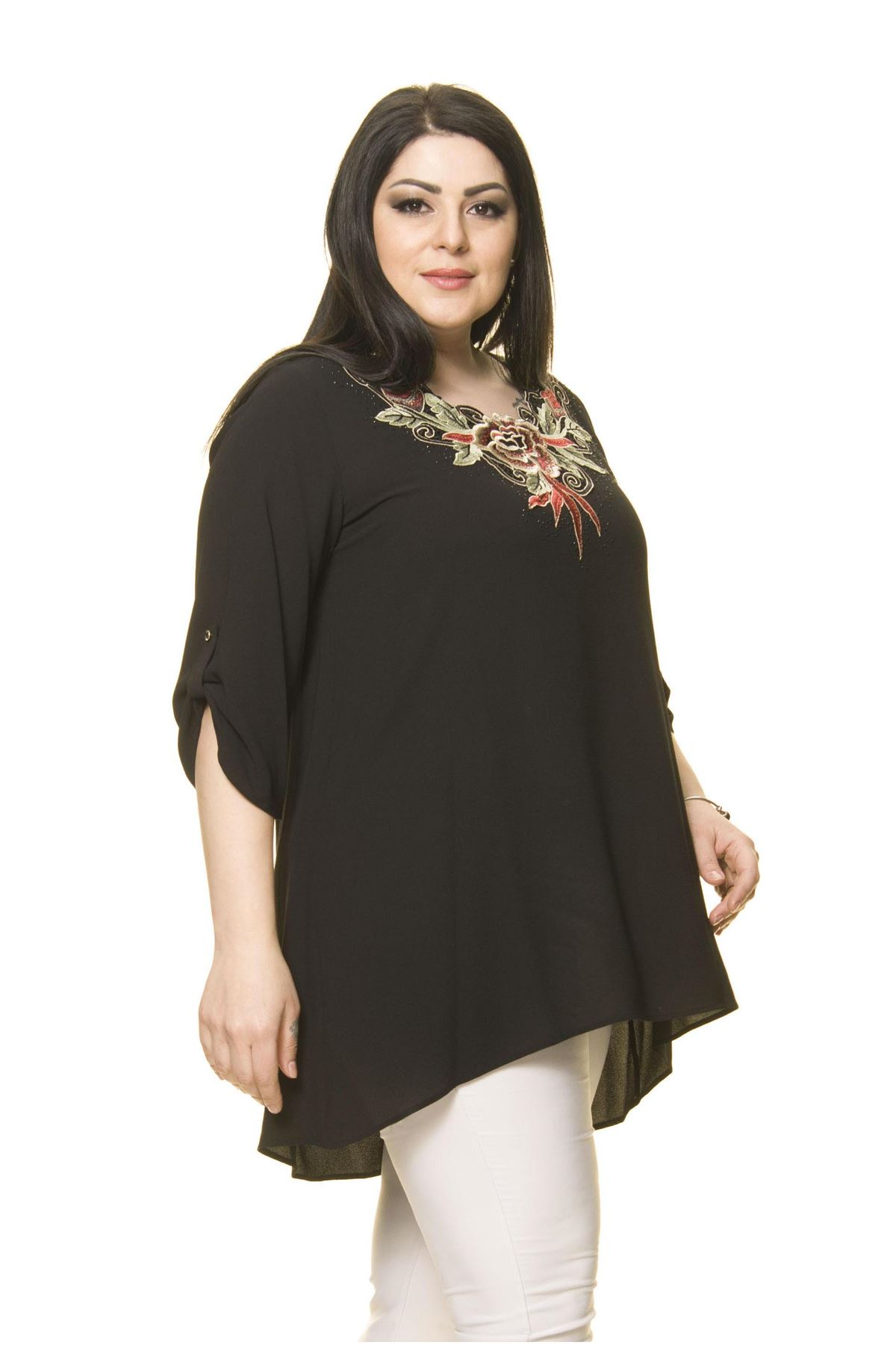 Kadın Büyük Beden Siyah İşlemeli Nakışlı Tunik  A7-3024-1