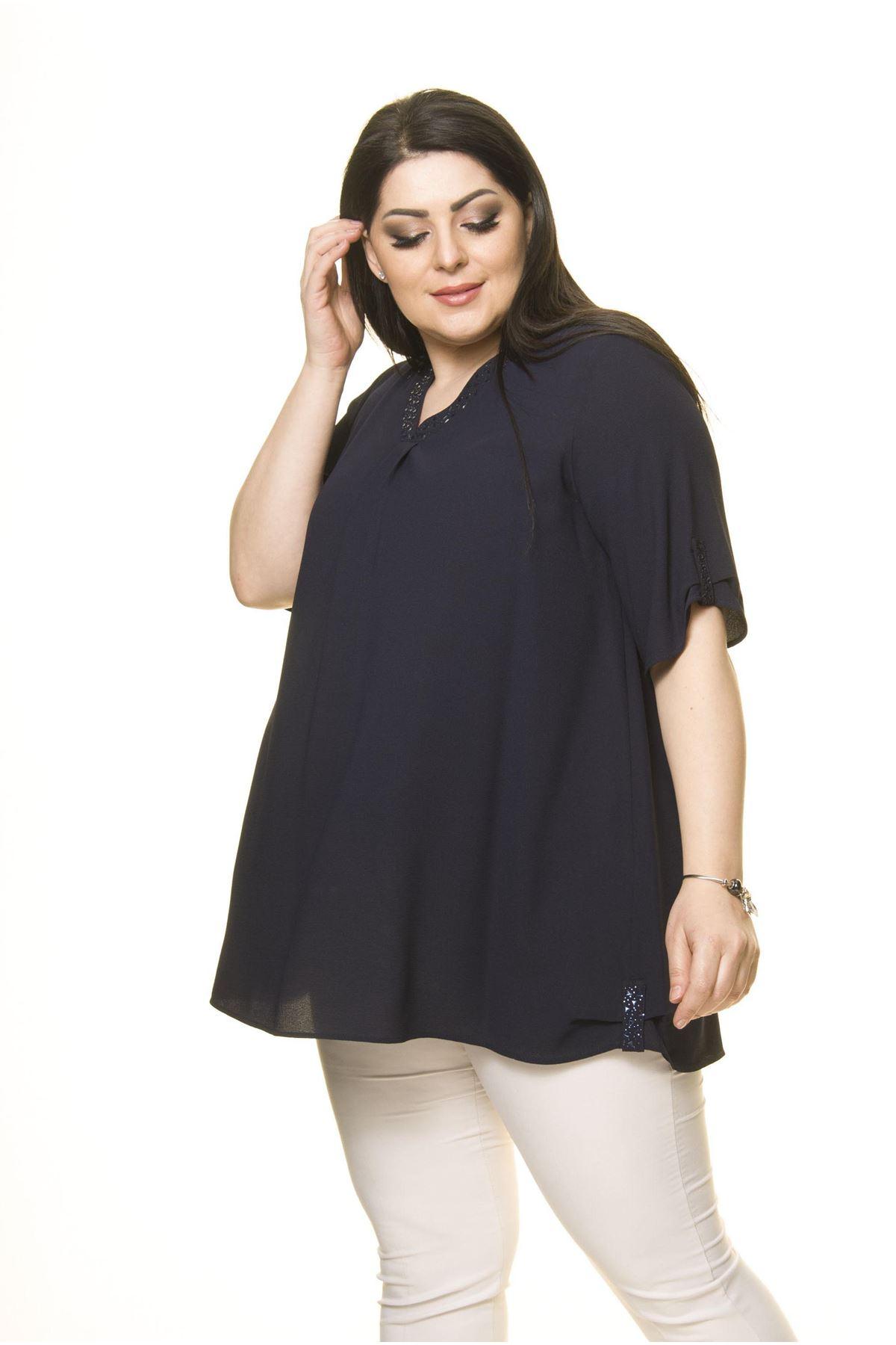 Kadın Büyük Beden Lacivert Şifon Bluz  A6-3016