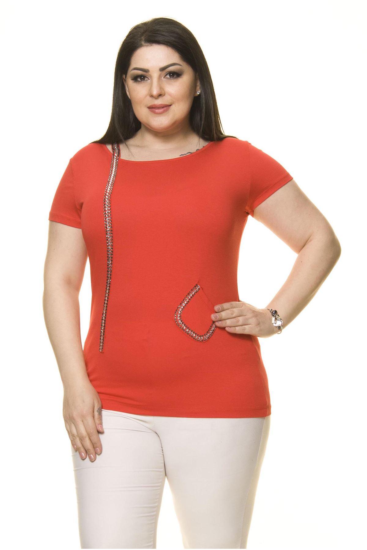 Kadın Büyük Beden Kırmızı Taşlı Bluz 15C-70017-2