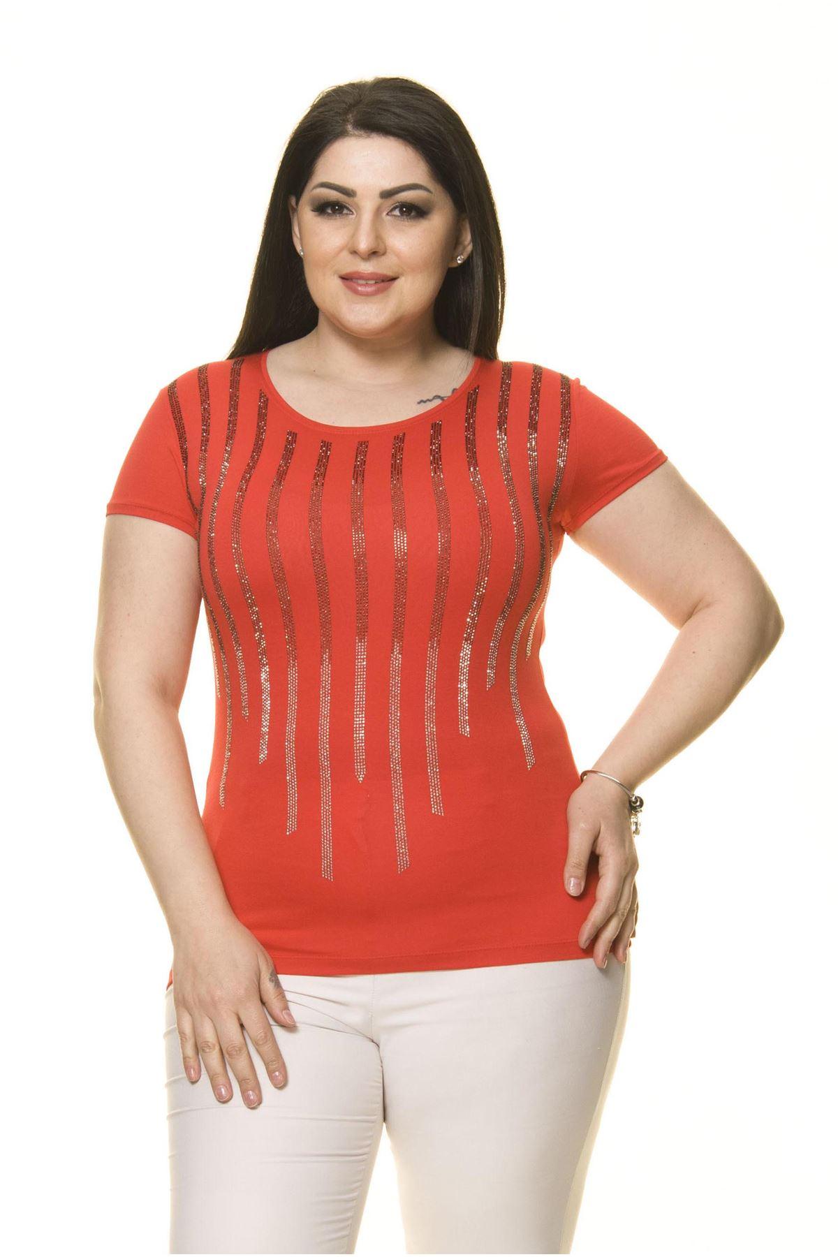 Kadın Büyük Beden KırmızıTaş İşlemeli Bluz 17E-70014-1