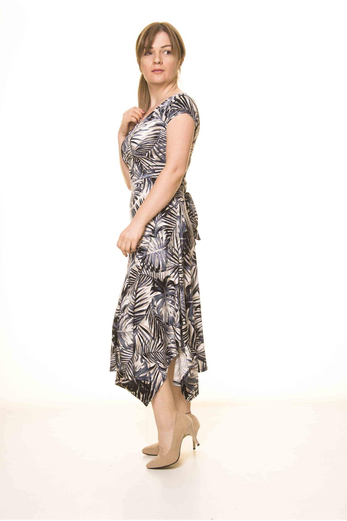 Kadın Kruvaze Yaka Asimetrik Kesim Desenli Elbise 17C-3070